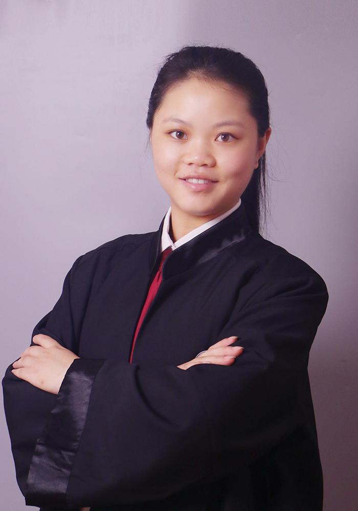 黄晓凤律师